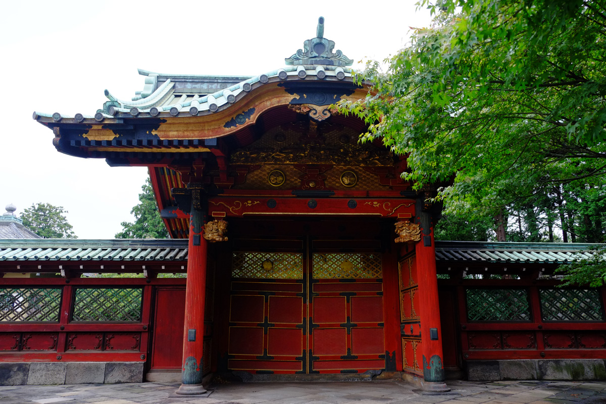 常憲院殿勅額門 The Chokugaku Gate of the Genyuin